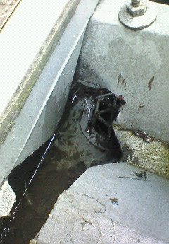 樋の詰まり除去